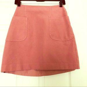 Loft skirt two front pocket zipper on the back